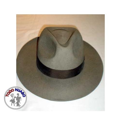 Sombrero de Paño ala Ocho.